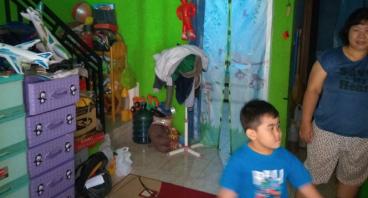 Bantu Ibu Soliha Sekolahkan Anaknya