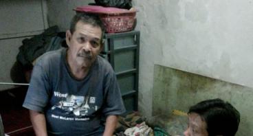 Bantu Pengobatan Pak Suparna & Sekolahkan Anaknya