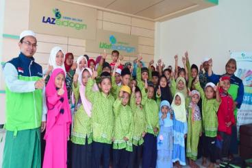 Bantuan Beasiswa Yatim dan Dhuafa