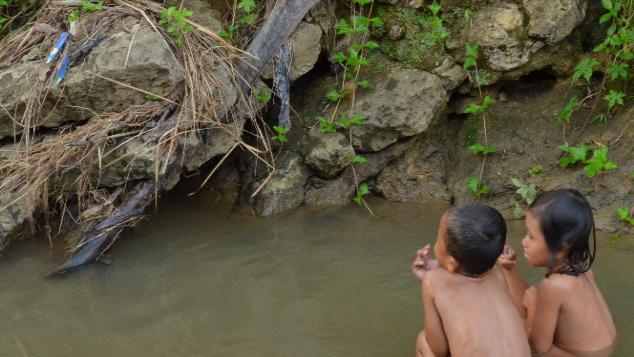 Jamban dan TPA untuk Desa Mekarmanik