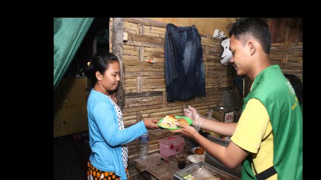 Bantu kami mengembangkan food bank di Surabaya