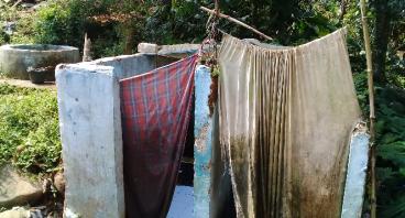Bantu Kampung Sinar Layung Punya MCK