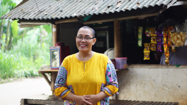 Bangun Warung Ibu Leni, Penderita Kanker Payudara
