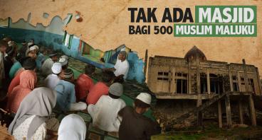 Membangun Masjid Pertama di Halmahera Utara