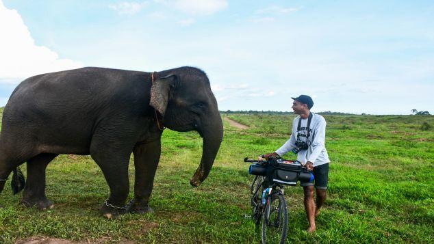 Kayuh Sumatera -  Selamatkan Tempat Tinggal Gajah
