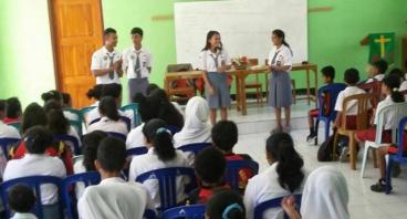 Bantu Savira pelajar  dari NTT Meraih mimpinya