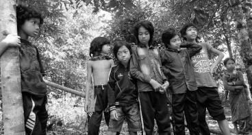 Dana Fasilitas Belajar Untuk Suku Anak Dalam Jambi