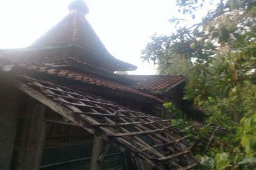 Bangun masjid kampung Jurug