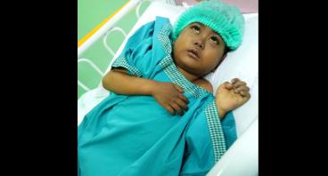 Bantu Mahfudz, Balita Penderita Kanker Langka.