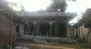 Bangun kembali Rumah Allah di Desa terpencil