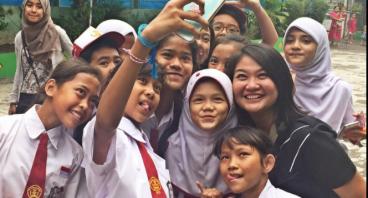 Bantu Anak Panti Asuhan Mama Sayang dengan Donasi