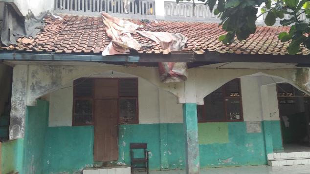 Bantu Perbaikan Pesantren  Azhary - Ciseeng Bogor