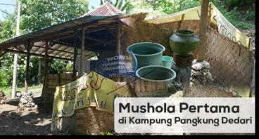 Mushola Pertama di Kampung Nelayan Pangkung Dedari