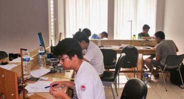 Delegasi untuk TOFI ke APhO Vietnam 2018