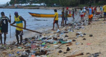 #selamatkan laut papua dari sampah plastik