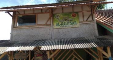 Renovasi Pondok Pesantren Gratis AL-KAUTSAR Garut