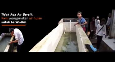 Sumur Air Pertama untuk Masjid Desa Sirnajaya