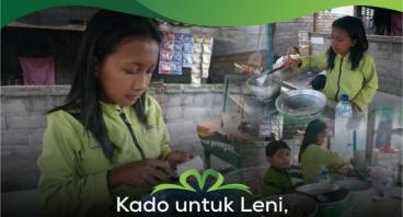 Kado Untuk Leni, Anak Yatim Penjual Gorengan