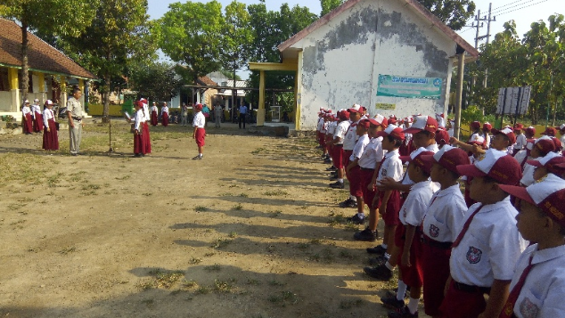 Bantu Wujudkan Mimpi Ratusan Anak Gedongombo Ploso