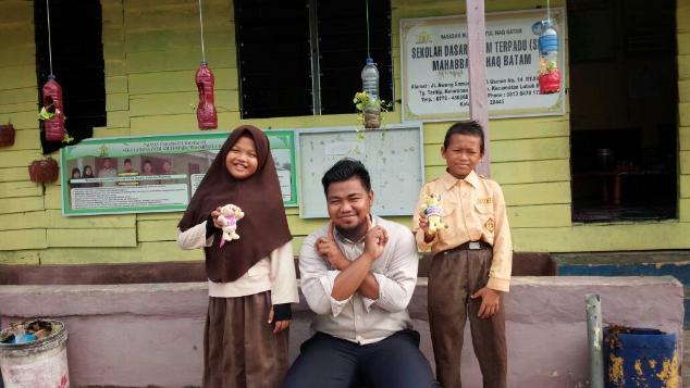 Bantu Bangun Sekolah Islam di Kampung Tua
