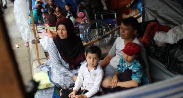 Bantu Pengungsi Somalia &  Afganistan di kalideres