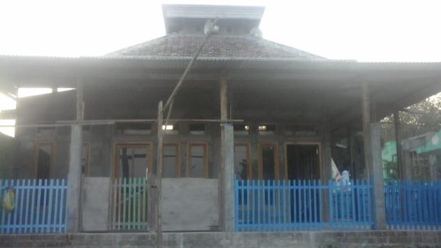 Bantu Perbaiki Masjid di pelosok Ds Sumbermiri