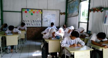Patungan Beli Tanah untuk SMP Terbuka Diponegoro