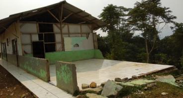 Gedung Sekolah Untuk MI Nurul Ikhsan Bogor