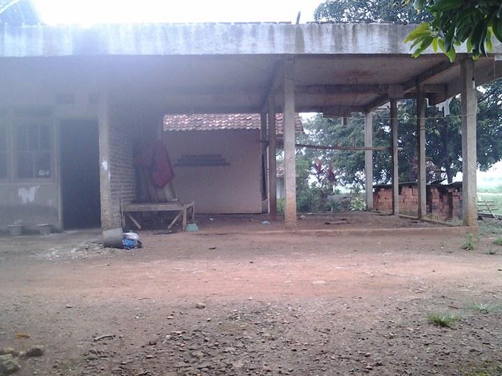 Rumah Ibadah Yayasan Riyadlatus Salikin 2