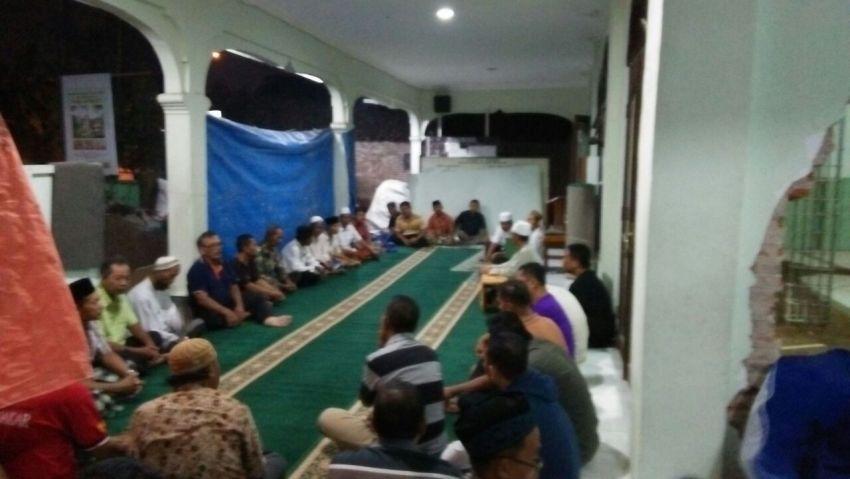 Rapat Bersama Warga dan Pengurus Masjid Al Mubarok