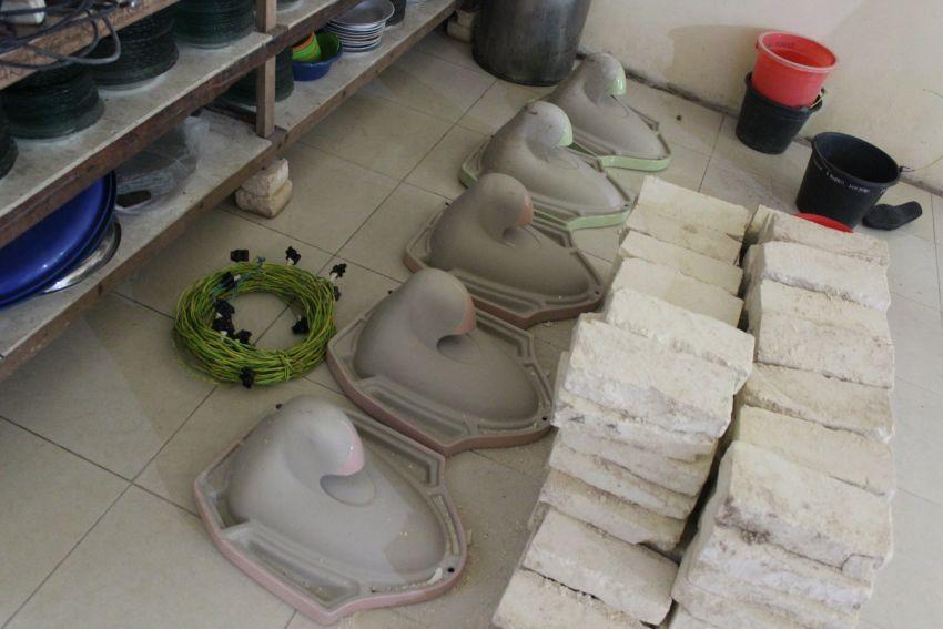 Bahan-bahan pembangunan toilet