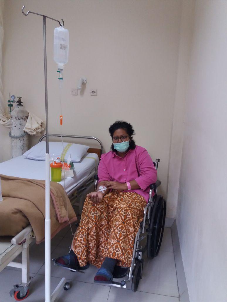 16 April 2018 Tirza menjalani Kemoterapi Herceptin ke 2 dari 18 yang dijadwalkan