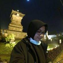 Rizka Fahmi TW